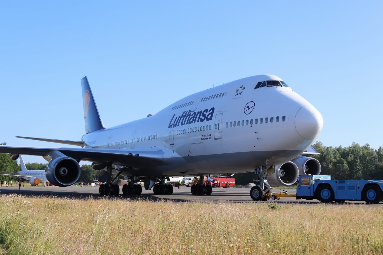 6 Planes Of Lufthansa Will Be Parked At Twente Airport Oost Com